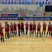 A győzelem után - talán a korábbi büntetésüket is elengedik  Fotó: DVSC Kézilabda